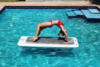 Float Fit, l'allenamento sull'acqua che migliora l'equilibrio e rafforza i muscoli