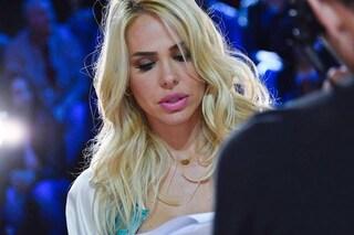 La collana con il cuore di Ilary Blasi: ecco i gioielli indossati dalla conduttrice