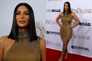 Abito dorato e taglio netto: Kim Kardashian in versione Cleopatra