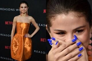 Ecco perché Selena Gomez indossava lo smalto blu sul red carpet