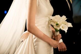 Perché sempre più persone declinano gli inviti ai matrimoni?