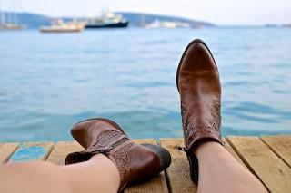 Dagli anfibi alle francesine: le scarpe da non indossare mai in estate