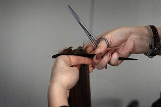 Dry cut, l'ultima moda è tagliare i capelli da asciutti