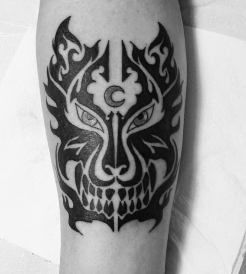 Colibri Tattoo Uomo tatuaggi tribali: significato, simboli e idee da realizzare