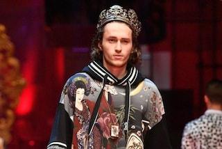 Braison Cyrus debutta in passerella: il fratello di Miley sfila per Dolce&Gabbana