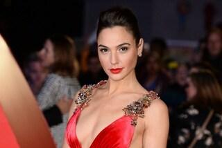 Gal Gadot, lo stile glamour di Wonder Woman