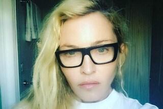 """""""Il lavoro delle donne non finisce mai"""": Madonna racconta la dura vita da mamma e star"""