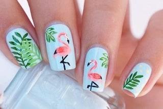 Tropical manicure: le unghie dell'estate tra colori esotici e fenicotteri