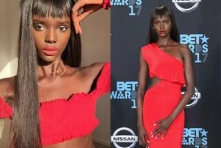 Duckie è identica alla Barbie di colore e sogna di sfondare nella moda