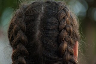 Dolore ai capelli? Ecco a cosa è dovuto
