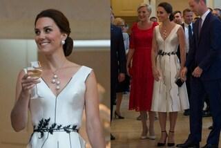 Basta capelli sciolti sulle spalle, l'inedito look di Kate Middleton