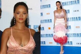 Rihanna, a chi importa delle critiche sul peso: la star mostra il corpo con un mini top