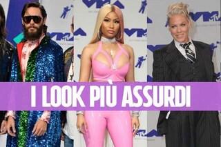 La Minaj in versione Big Babol, Jered Leto col mantello: i look delle star ai VMA'S 2017