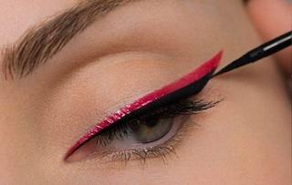 Rientro a colori: prova gli eye liner colorati per un make up vivace!