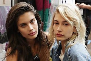 Modelle senza trucco: i visi al naturale nel backstage della New York Fashion Week