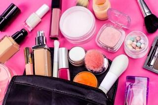 Come organizzare il beauty case: gli step indispensabili per eliminare il superfluo
