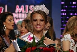 Aleksandra, la prima Miss Mondo in sedia a rotelle