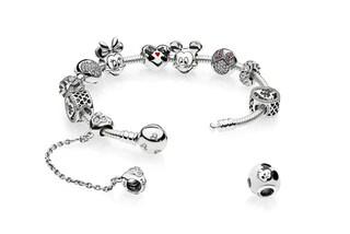 Pandora collezione Disney: arrivano i charms con Minnie, Cenerentola e Belle