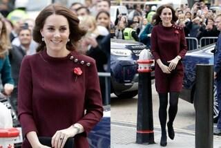 Kate Middleton nasconde la pancia: abito oversize e collant coprenti per la Duchessa