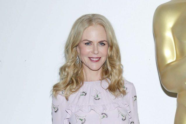 Il cambio look di Nicole Kidman  l attrice sceglie il bob lungo e ... 6e7ed74bf60b