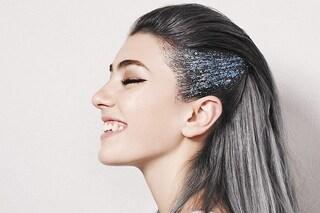 Glitter hair: il look perfetto per dare un tocco di luce ai tuoi capelli durante le feste