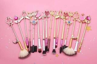 I pennelli per il trucco di Sailor Moon per trasformarsi in un'eroina con il make-up