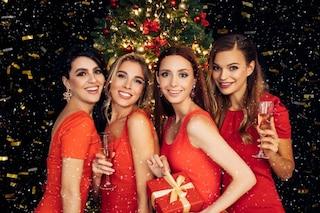 Perché si indossa il rosso a Capodanno? Origini e simbolismo di questa usanza portafortuna
