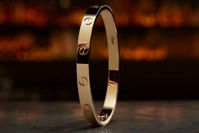 negozio online 8429d ff357 Love Bracelet, la storia del bracciale Cartier più amato (e ...