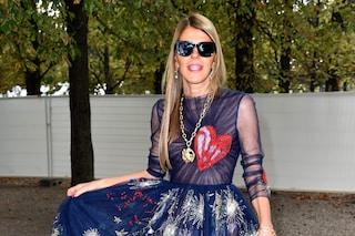 Anna Dello Russo mette all'asta il suo armadio: vende gli abiti collezionati in 30 anni