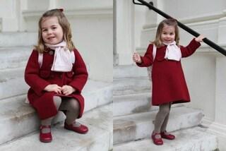 La principessa Charlotte va all'asilo: cappottino bordeaux per il primo giorno di scuola