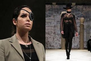 Gessica Notaro in passerella: l'ex Miss torna a sfilare dopo l'aggressione con l'acido