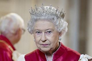Non crederete all'insolito posto in cui la regina nascondeva i suoi preziosi gioielli