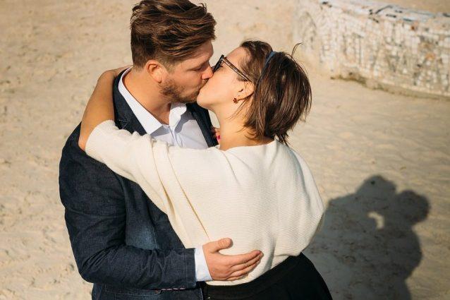 maschio Alpha dating una femmina Alpha Dating quotazioni profilo