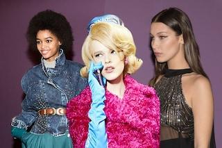 I capelli della Milano Fashion Week tra onde vintage, ricci afro e liscio spettinato