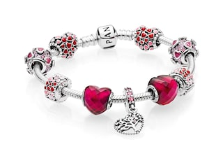 Pandora San Valentino 2018: i gioielli e i charms da regalare alla partner