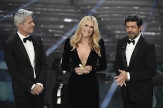 I look della prima serata di Sanremo 2018: nero, fiori e... scollature profonde