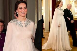 Abito in tulle e cristalli sul collo: anche incinta Kate Middleton è una vera principessa