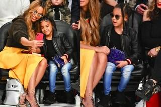 Occhiali da sole e tacchi: Blue Ivy, la figlia di Beyoncé a 6 anni è già fashion