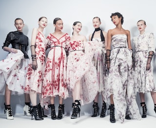 Come vestirsi quest'estate per essere alla moda: 14 trend dalle passerelle