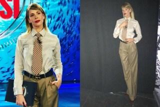 """Alessia Marcuzzi vestita da uomo all'Isola: """"ruba"""" la cravatta dall'armadio del marito"""