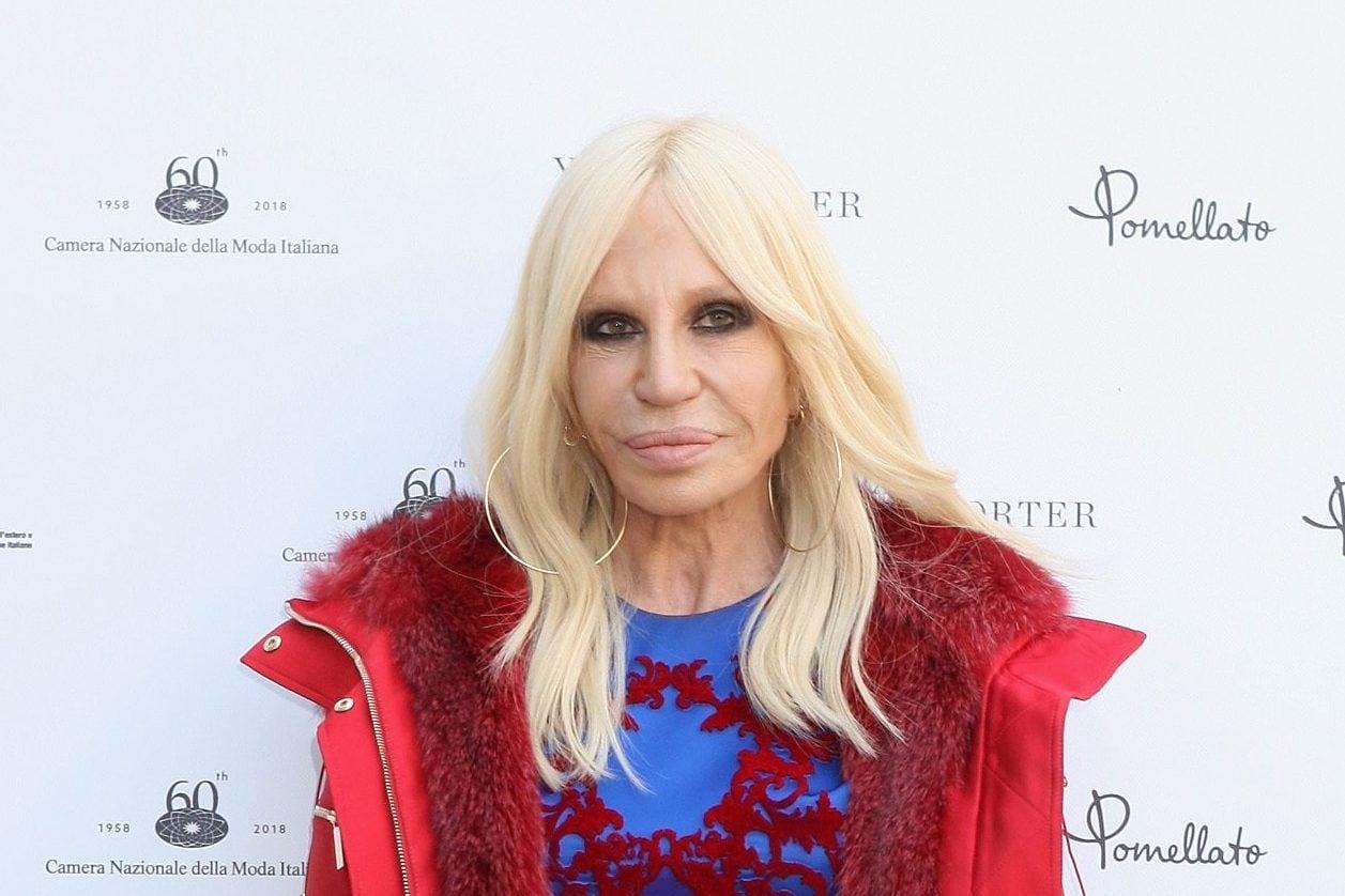Stop alle pellicce per Versace  Donatella dice basta a5251e9cdc5