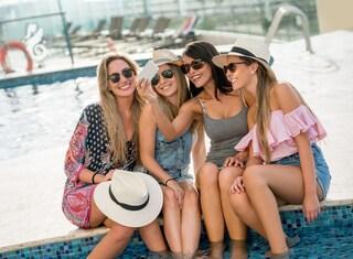 Addio al nubilato: 5 idee viaggio per festeggiare con le amiche