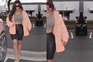 Kim Kardashian e il ritocco selvaggio: l'auto schiacciata rivela la presenza di Photoshop
