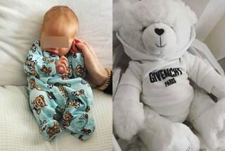 Anche l'orsetto è firmato: il piccolo Leone è un neonato trendy