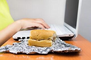 Come usare l'alluminio in cucina: le regole per conservare i cibi in modo sicuro