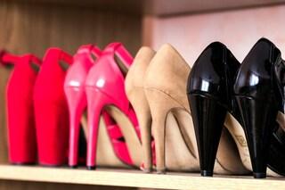 Come pulire e igienizzare la scarpiera: i consigli per mantenerla profumata e in ordine