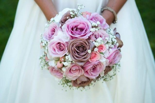 Bouquet Sposa Fiori.Bouquet Sposa I Fiori Da Scegliere In Base Alla Stagione