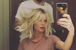 Frangia e capelli biondissimi: il nuovo look di Alessia Marcuzzi