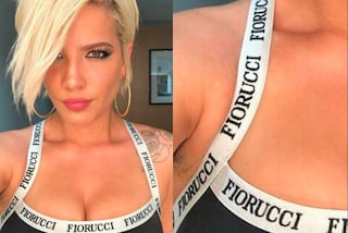 La cantante ha qualche pelo sotto l'ascella, viene criticata sul web: ecco la sua reazione