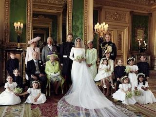Le prime foto ufficiali del matrimonio di Harry e Meghan: la sposa mostra il velo ricamato